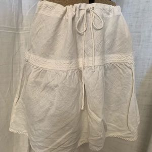 White linen drawstring mini.